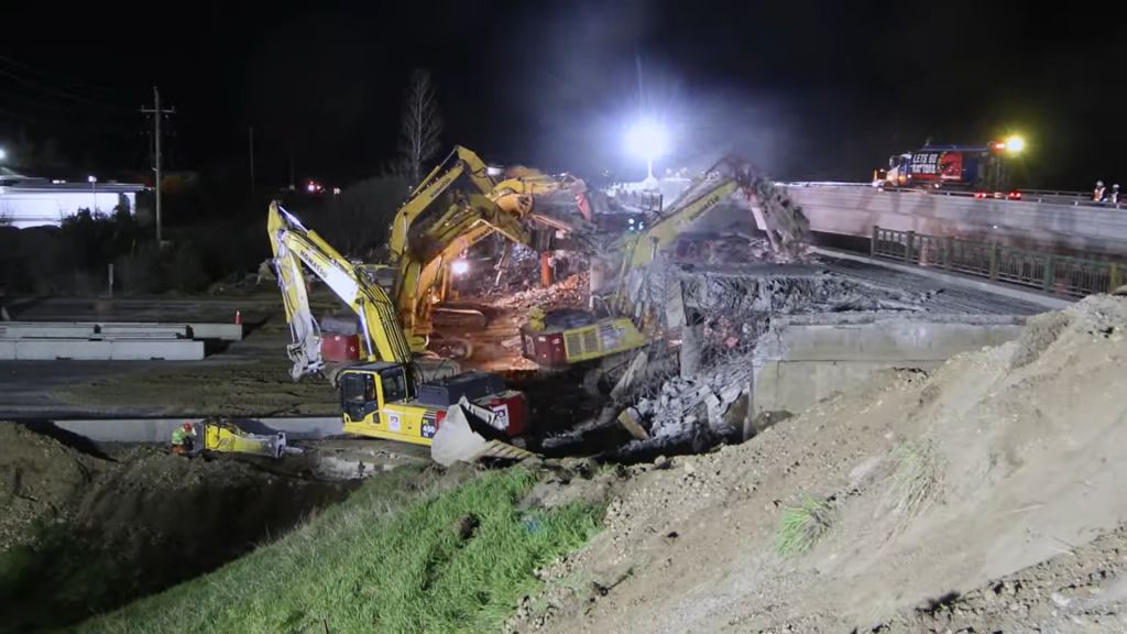 Watch Priestly Demolition's Concession Road 7 Bridge teardown over the 401