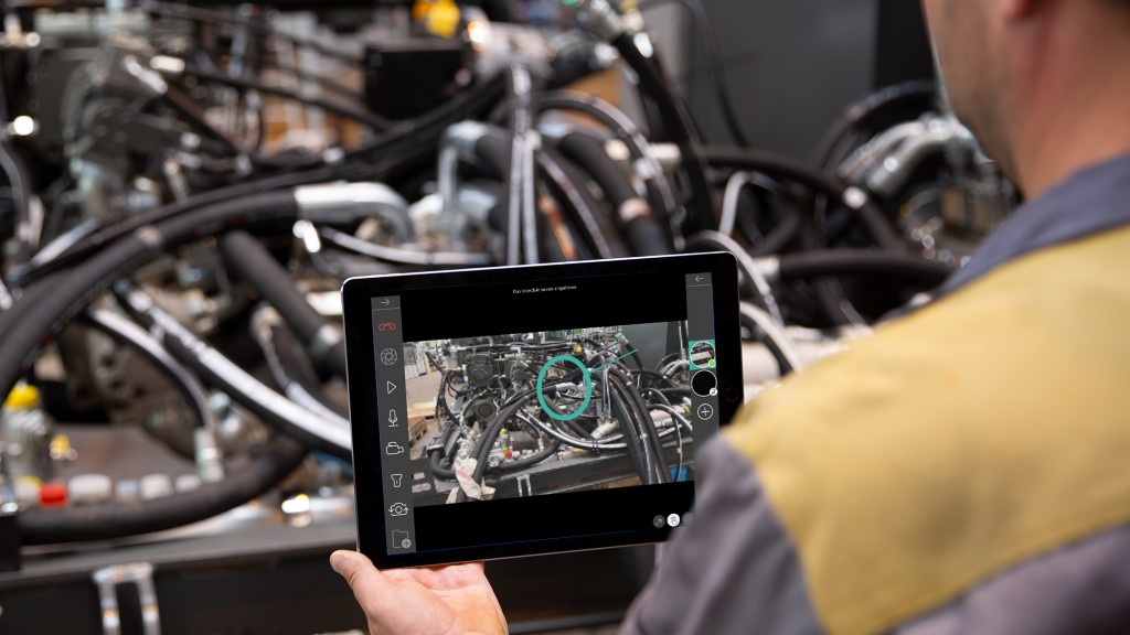 Liebherr remote service app uses visual information for faster and easier troubleshooting