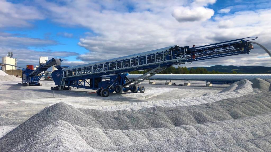 EDGE Innovate's new mobile telescopic conveyor helps operators reach new heights