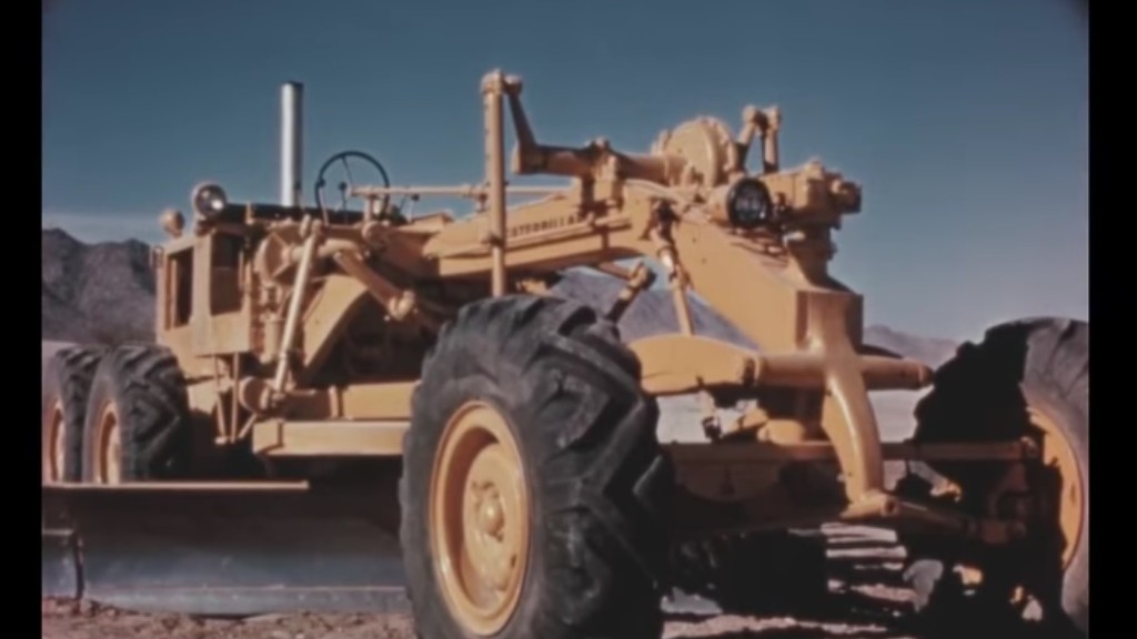 Watch: Vintage film introduces the Caterpillar No. 14 Series B motor grader