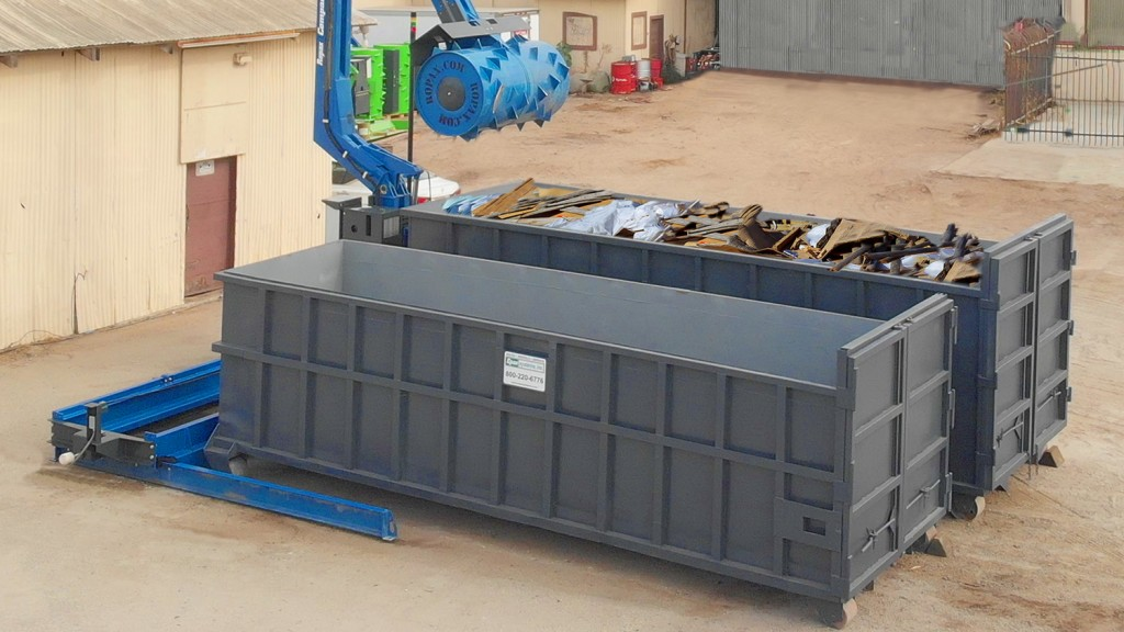 ROPAX traversing compactor helping haulers get more in every container