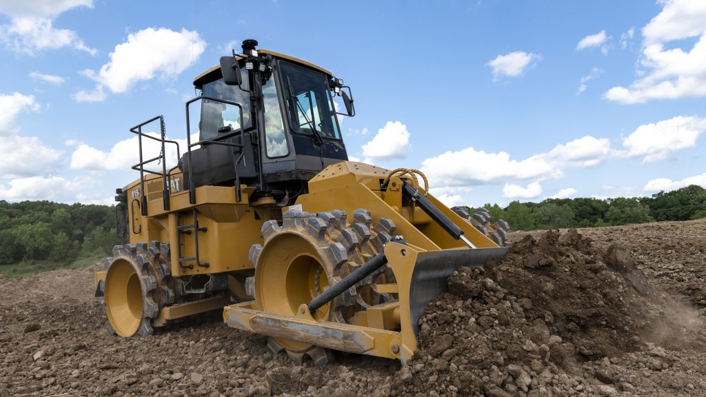 New Cat soil compactor machine design lowers maintenance costs, increases efficiency