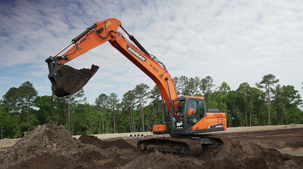 Doosan and Trimble launch factory-installed machine control solution for crawler excavators