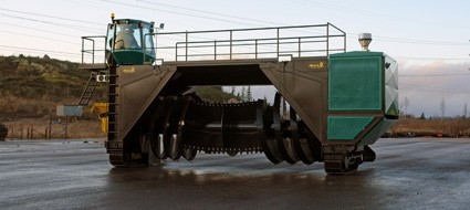 AS 38H windrow turner