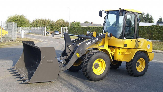 L60G - Wheel Loader - Recycling Product News