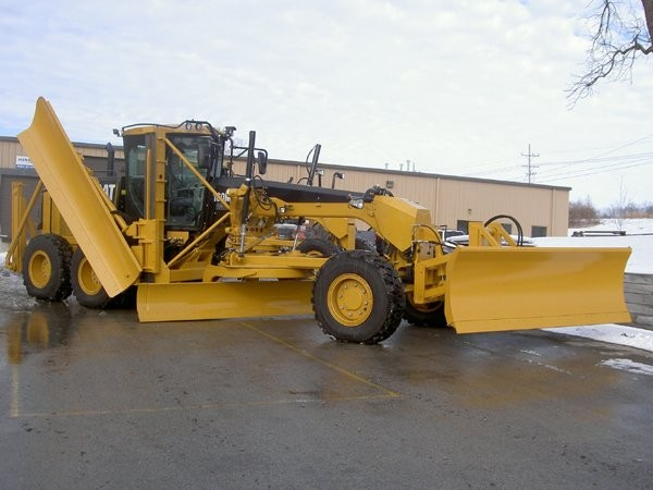 The Ultimate Motor Grader Package for Snow Fighting