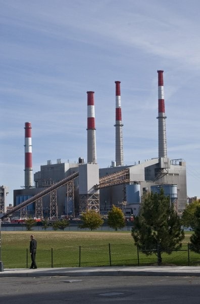 CEC examines air pollution from North America's 3,000 fossil-fuel power plants