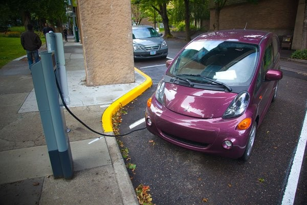 Largest electric vehicle trial in Canada