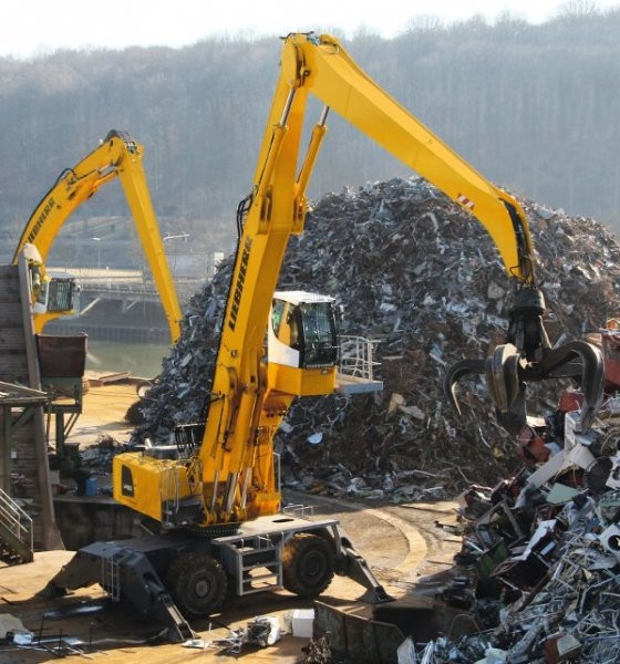 Liebherr's LH80M material handler uses a new uppercarriage design