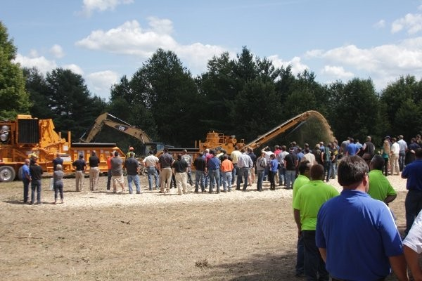 Rapid growth and new equipment highlight Bandit 2013 Dealer Meeting
