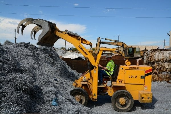 Severe-duty loaders provide toughness required for recycling