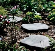 Recycled plastic stepping stones look like flagstone