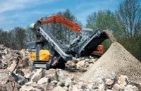 Compact on-site crushers