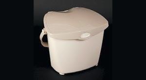 Kitchen foodscrap container