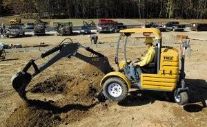 Easy to maneuver, towable mini-excavator