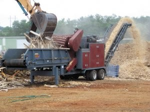 Dynamic 5240 horizontal grinder