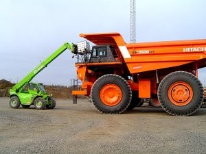 Merlo Panoramic 120.10HM attracting lots of attention