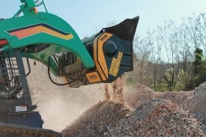 World's biggest crusher bucket introduced at Intermat 2012