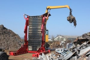 Container tilters make bulk handling more profitable