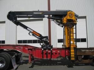 Horizon truck-mount or stationary-mount loader
