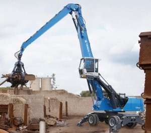 MHL360 E material handler boosts power and reduces emissions