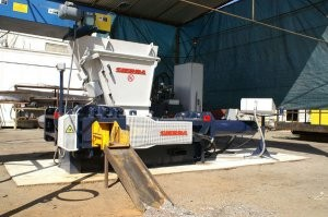 Automatic baler designed specifically for tire wire