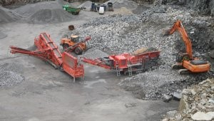 Primary mobile crusher built around proven recycling jaw