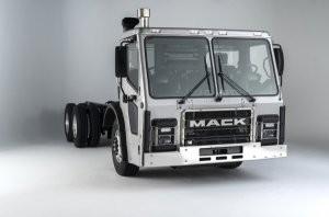 Mack Trucks previews new LR Series at WasteExpo 2014