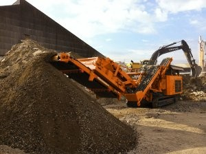 Flexible impact crusher can be converted to jaw or screen