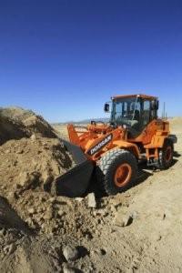 Doosan DL200 wheel loader provides increased horsepower and performance