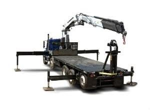 Iowa Mold Tooling Co. Inc. (IMT) 40 tm articulating crane