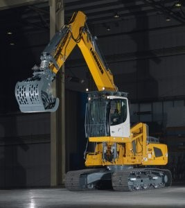 R 924 Crawler Excavator  configured for waste and recycling applications