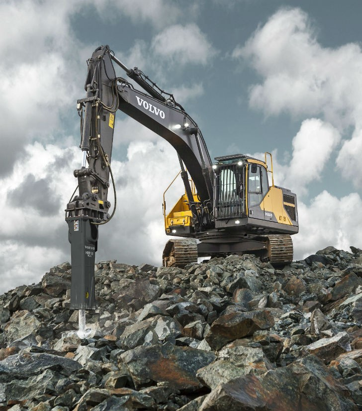 Volvo EC250E and EC300E excavators excel in  fuel efficiency