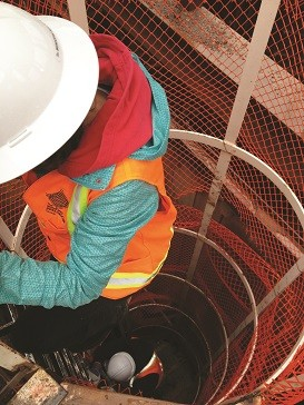Contractors go deep on sewer construction project