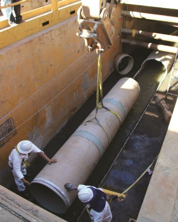 Hobas supplied 660 feet of 33-inch diameter flush joint pipe in 20-foot lengths and 60 feet of the same diameter in five-foot lengths. The short pipes were required due to the presence of curves in the existing line.