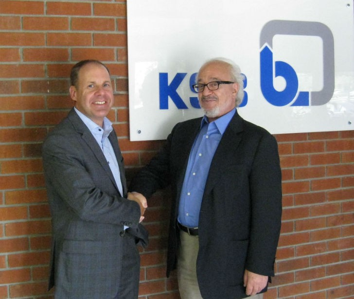 KSB's Michael Blundell (left) with Farrokh Khalili, Chairman and CEO of Canadian Bearings