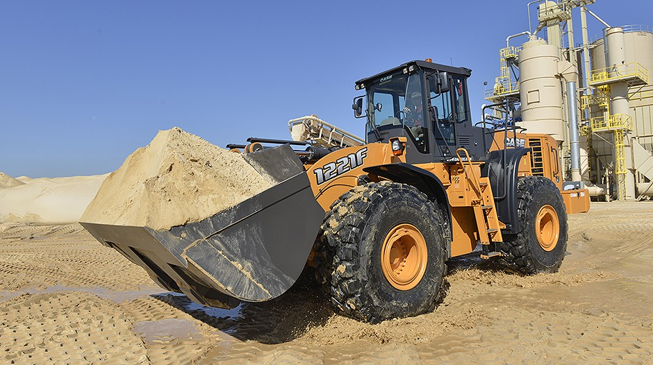 CASE Construction Equipment - 1221F Wheel Loaders