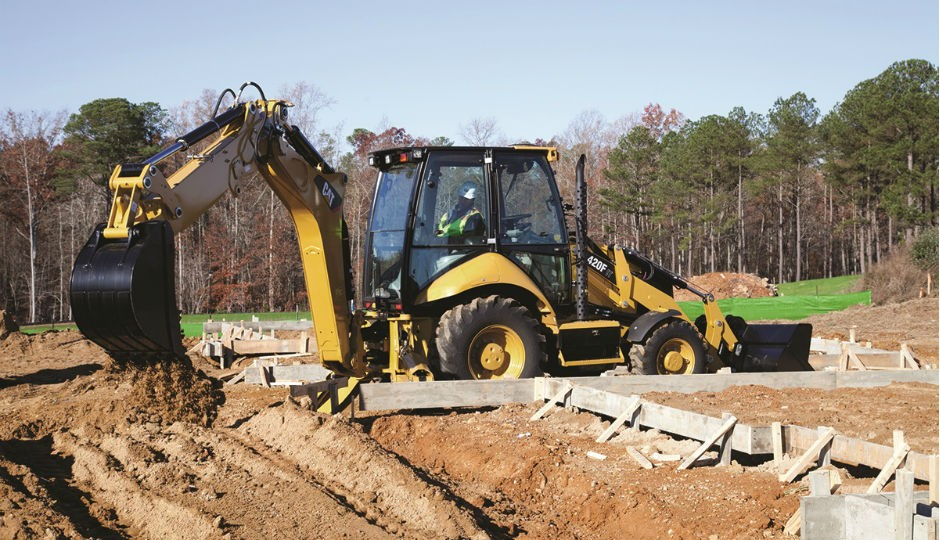 Cat F Series Feature New Engine, Refined Hydraulics, Redesigned Linkage and Easier Maintenance