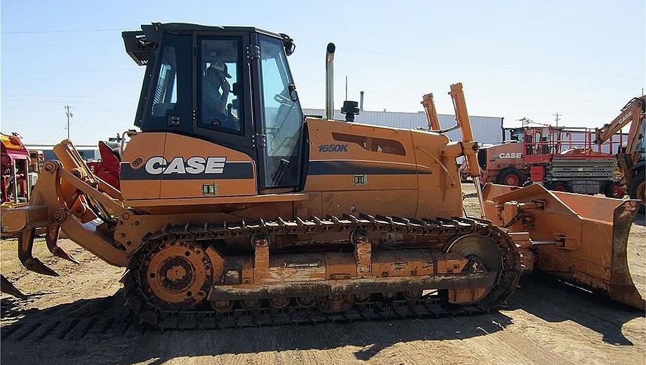 Case Construction Equipment - 1650K Crawler Dozers