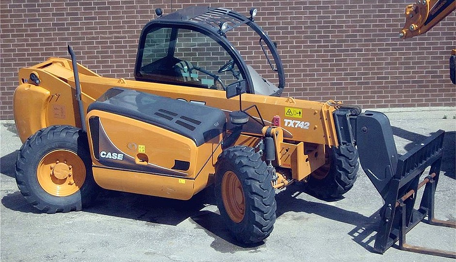 CASE Construction Equipment - TX742 Forklifts