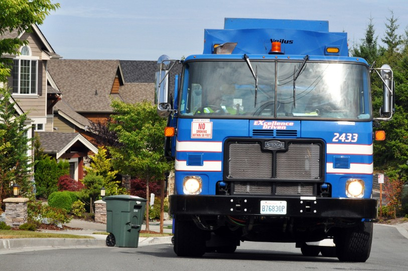 Republic's CNG-powered waste/recycle trucks on the job in Puget Sound, Washington.