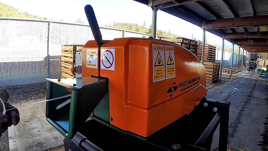 Sweed Machinery, Inc - Model 450 DDX Banding Choppers