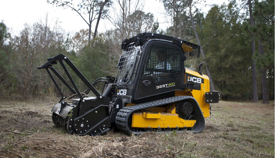 New JCB 325T Track Loader Tackles Forestry Jobs - Heavy Equipment Guide