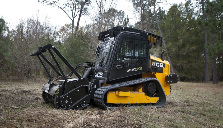 New JCB 325T Track Loader Tackles Forestry Jobs - Heavy