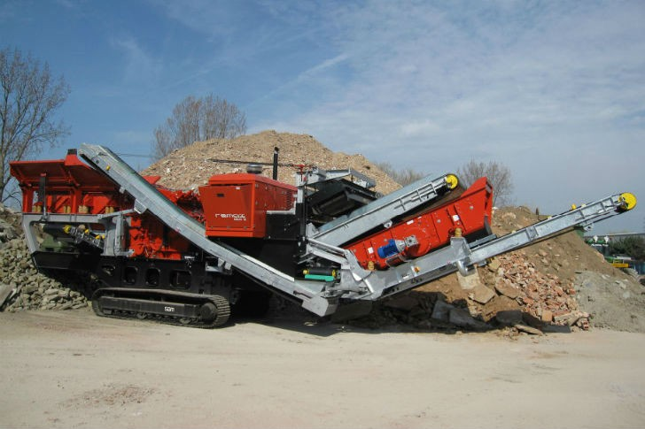 SBM Mineral Processing - Remax 1312 Eco / Maxi Impact Crusher Track Mounted Impact Crushers