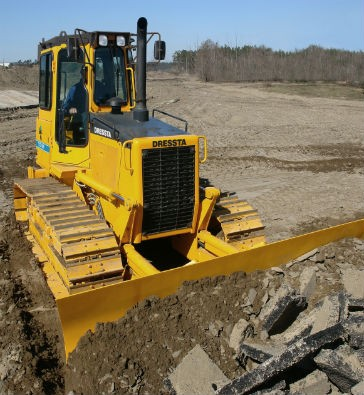 Dressta To Launch New Hydrostatic Compact Dozers