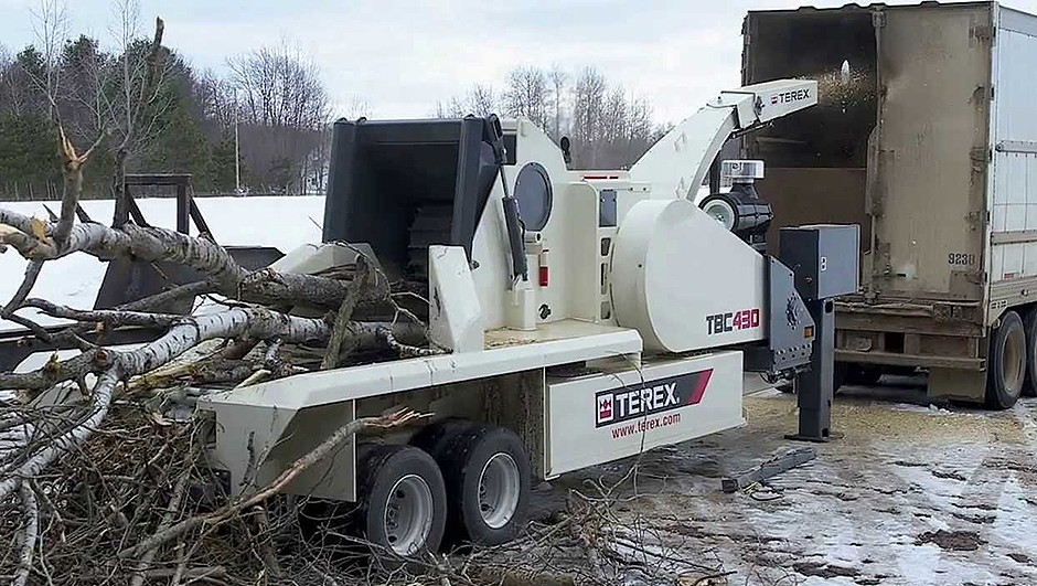 Terex Corporation - TBC 430 Chippers