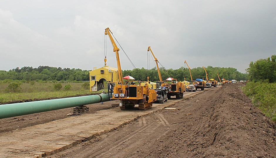 PipeLine Machinery International (PLM) - 71H Pipe Layers