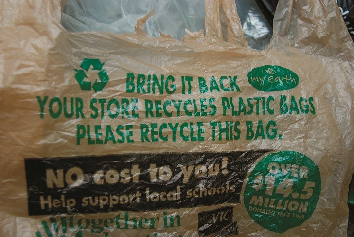 Worldwatch Institute analysis explores trends in global plastic production and recycling