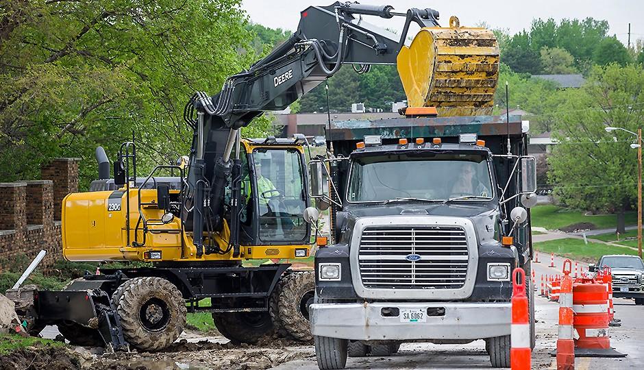 John Deere Construction & Forestry - 230G W Excavators